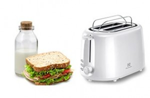 may-nuong-banh-mi-electrolux-ets1303w-1