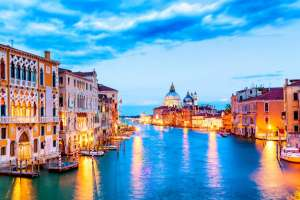 basilica-santa-maria-della-salute-grand-canal-blue-hour-sunset-venice-italy-with-boats-reflections-136401-32-2